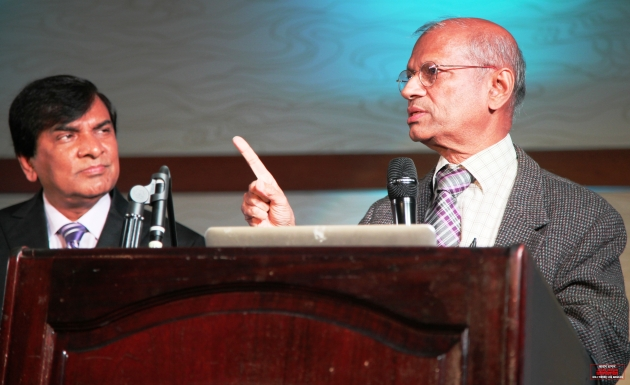 BMA President Dr Mahmud Hasan (R) BMANA President Dr Maksud Chowdhury
